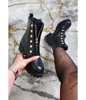Bottines black cloutés