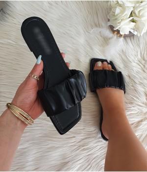 Claquettes black