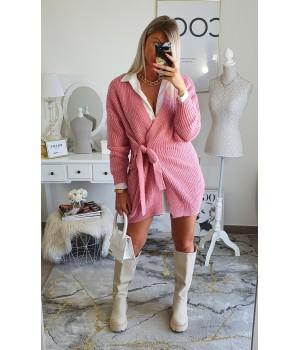 Pink semi-long arched vest