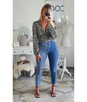 Jeans denim asymmetry